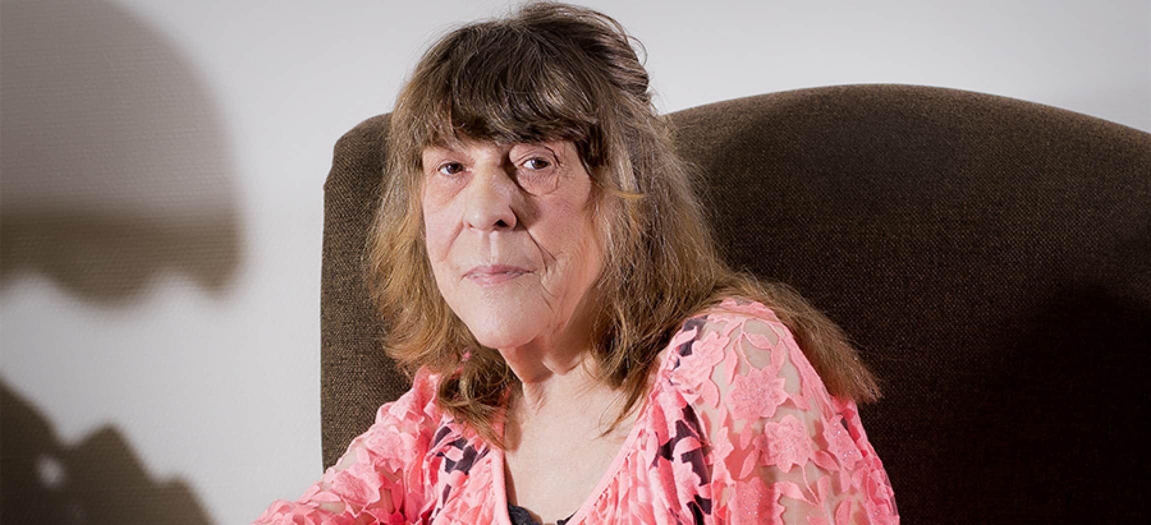Mevrouw Rosenberg woont in Groepswoning Wolbrantskerkweg - uit de serie Mensen van Amstelring