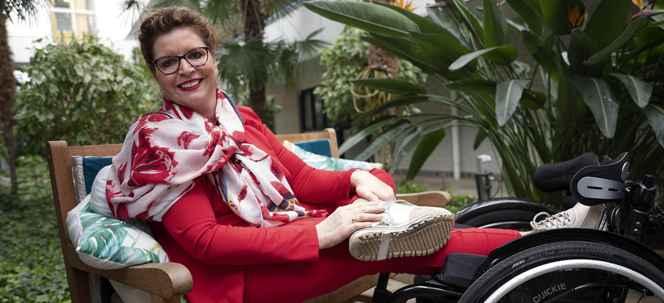 Petra Louman is receptioniste bij Amstering locatie Leo Polak