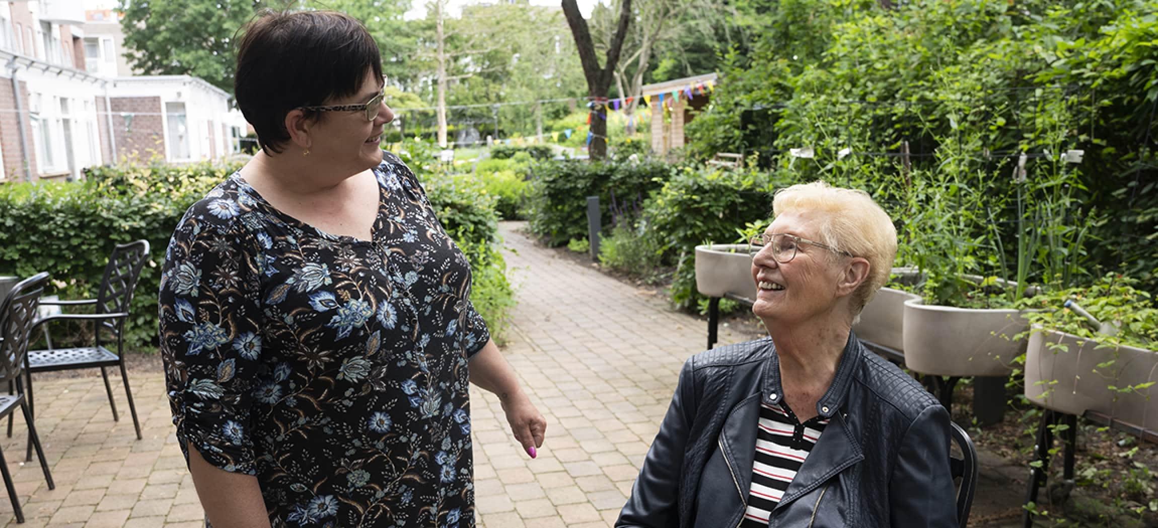 Coronatijd in woonzorgcentrum De Bogt: interview met Luciana Masala en Nel Langhout