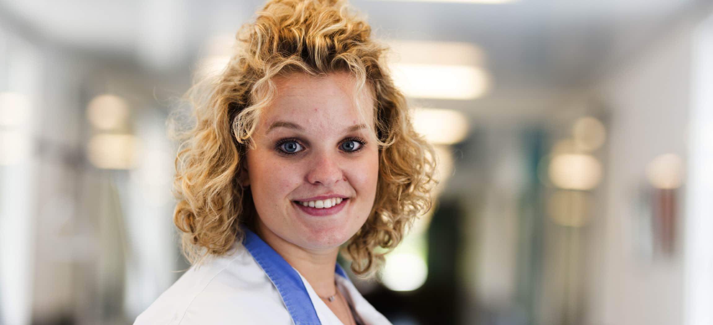 Eefje Bode, verpleegkundige op de Transferafdeling