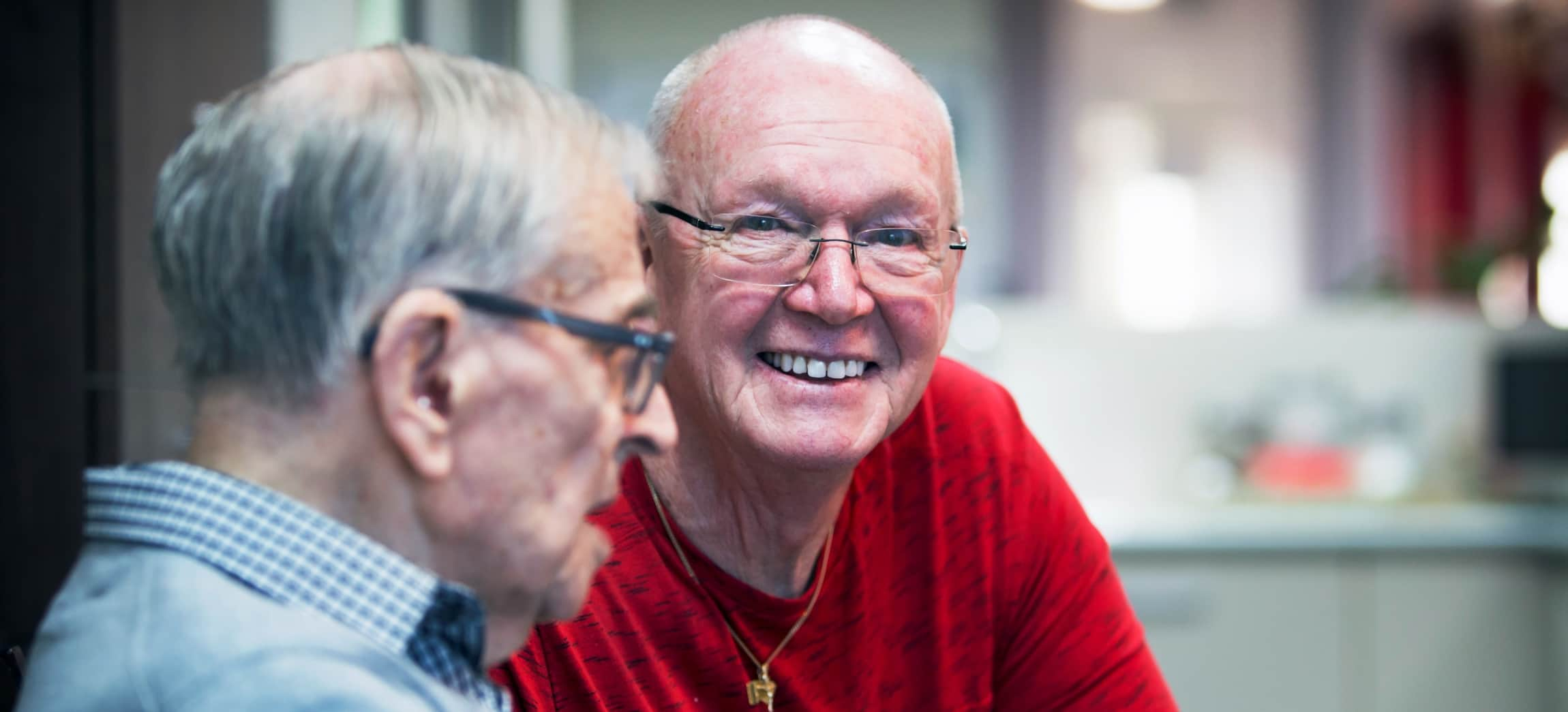 Jan Rijvordt (71) is meer dan fulltime vrijwilliger in Het Schouw in Amsterdam-Noord.