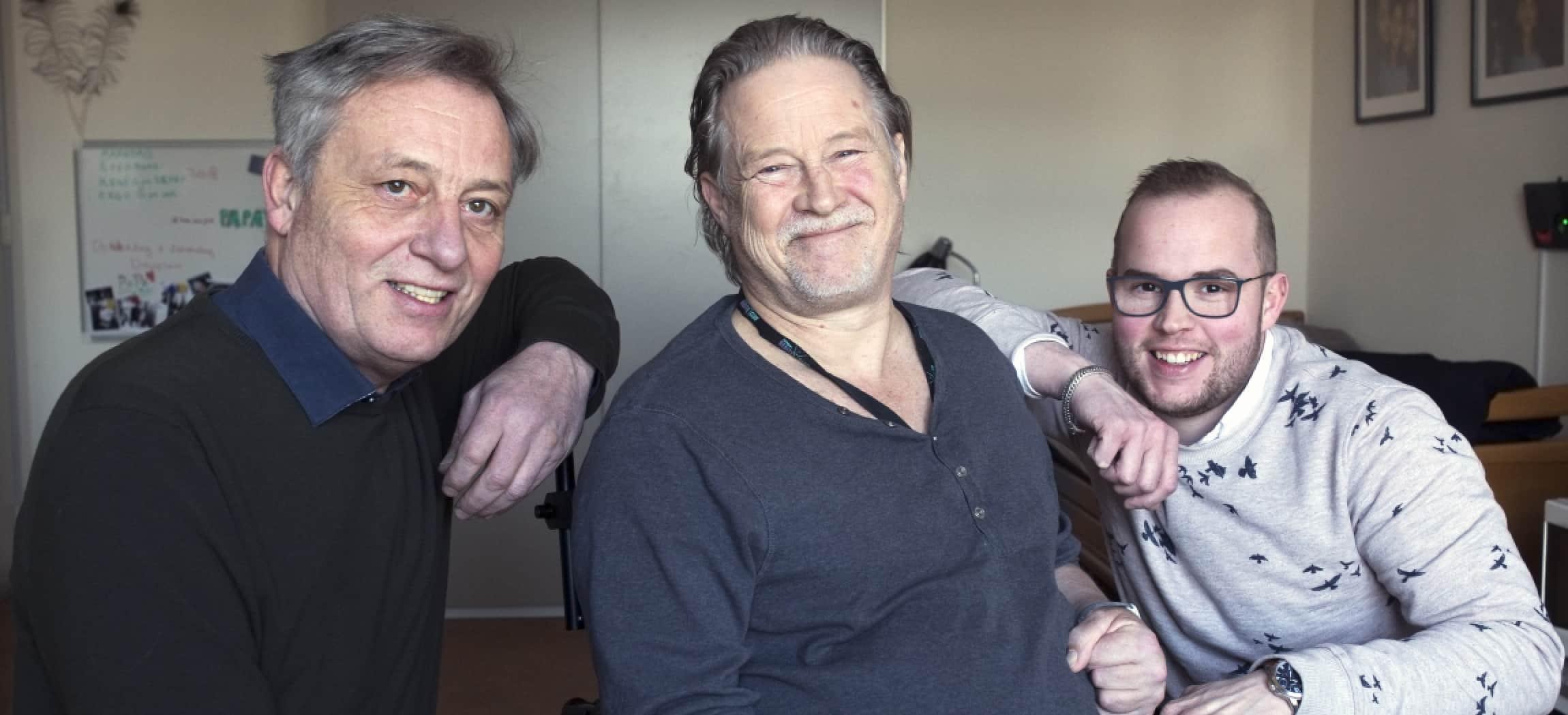 GZ-psycholoog René ter Horst, cliënt Lucas van Doorn en woonbegeleider Nils Terpstra